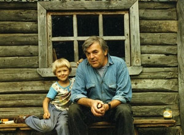 Мультипликатор Леонид Носырев: Подсолнух для Антошки я взял из своего детства